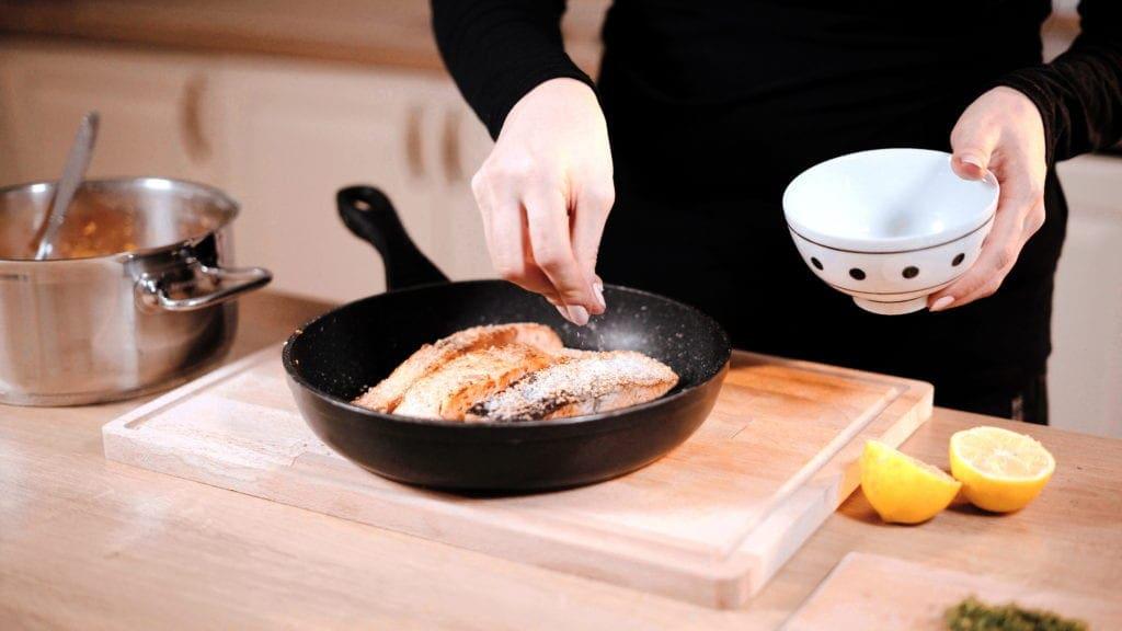 osolenie restovaného lososa